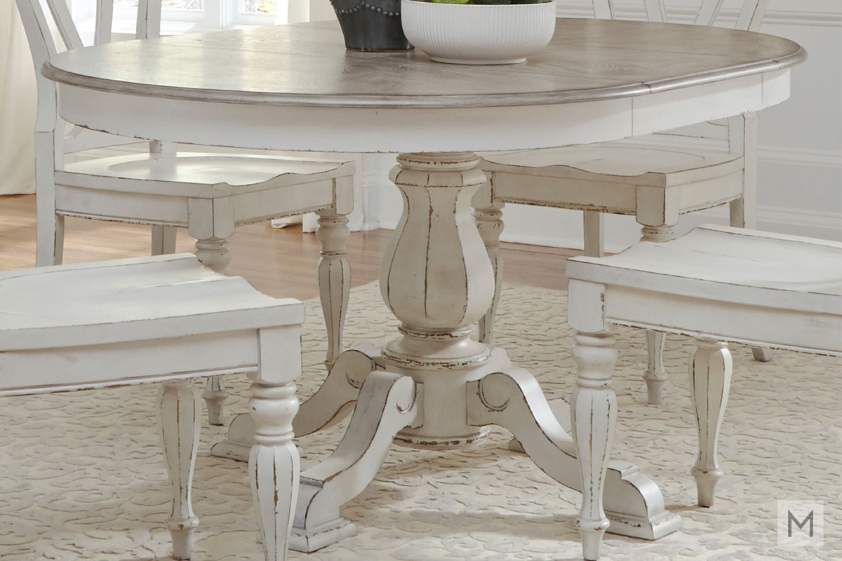Magnolia Manor 36 Round Pedestal Dining Table In White