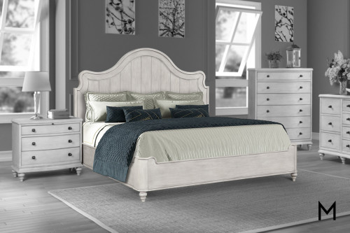 Daisy Antique Plank Queen Bed