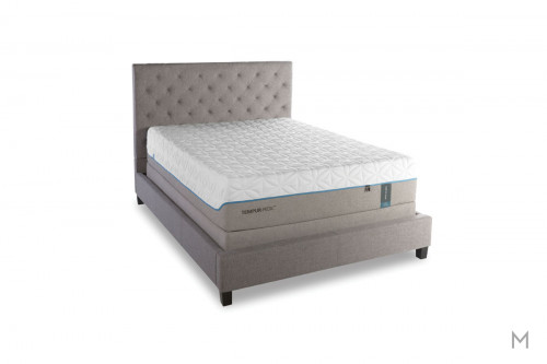 Tempur-Pedic TEMPUR-Cloud® Luxe Mattress - Queen with Extra-Soft TEMPUR-ES® Material