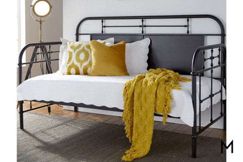 Vintage Twin Daybed in Black