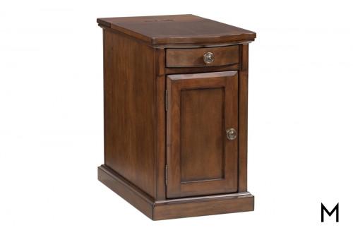 Laflorn Chairside Table in Medium Brown