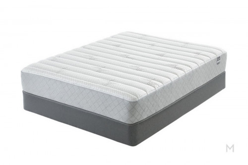 Serta Newburgh Plush Foam - Queen