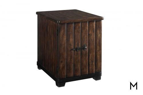 Whiskey Oak Chairside Table in Barrel Oak